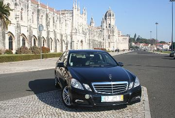 limousine for tours